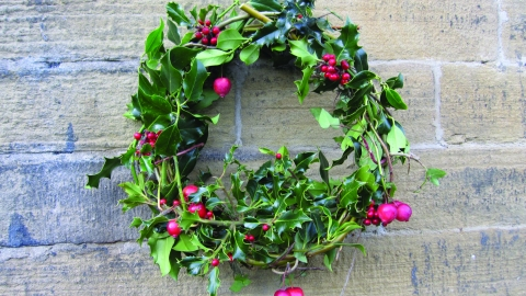Making Christmas.Wild Christmas Wreath Making Yorkshire Wildlife Trust