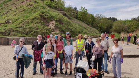 Beach clean at Filey South